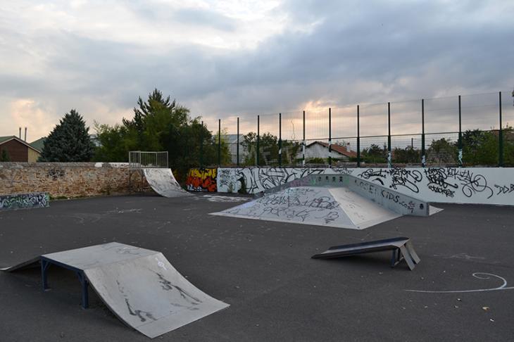 how to find skateparks in skate 3