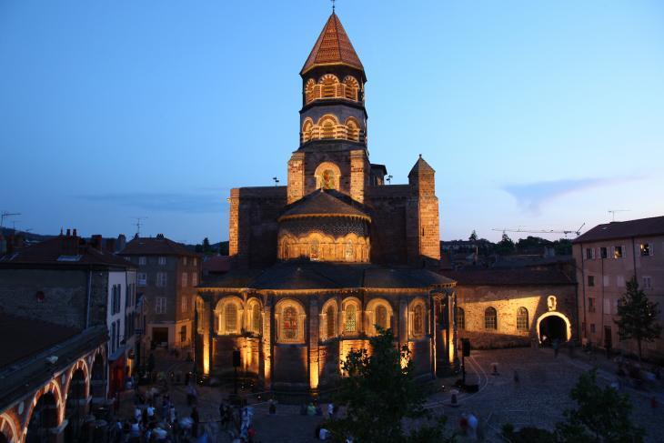 La basilique en lumière